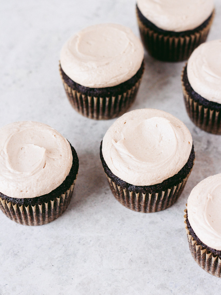 Chocolate stout cupcakes with Irish whiskey ganache + Irish cream ...