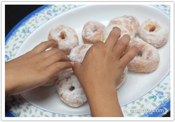 8556428030 c5e1fb8ebd z buat donut lembut dan gebu | resipi donut lembut dan gebu