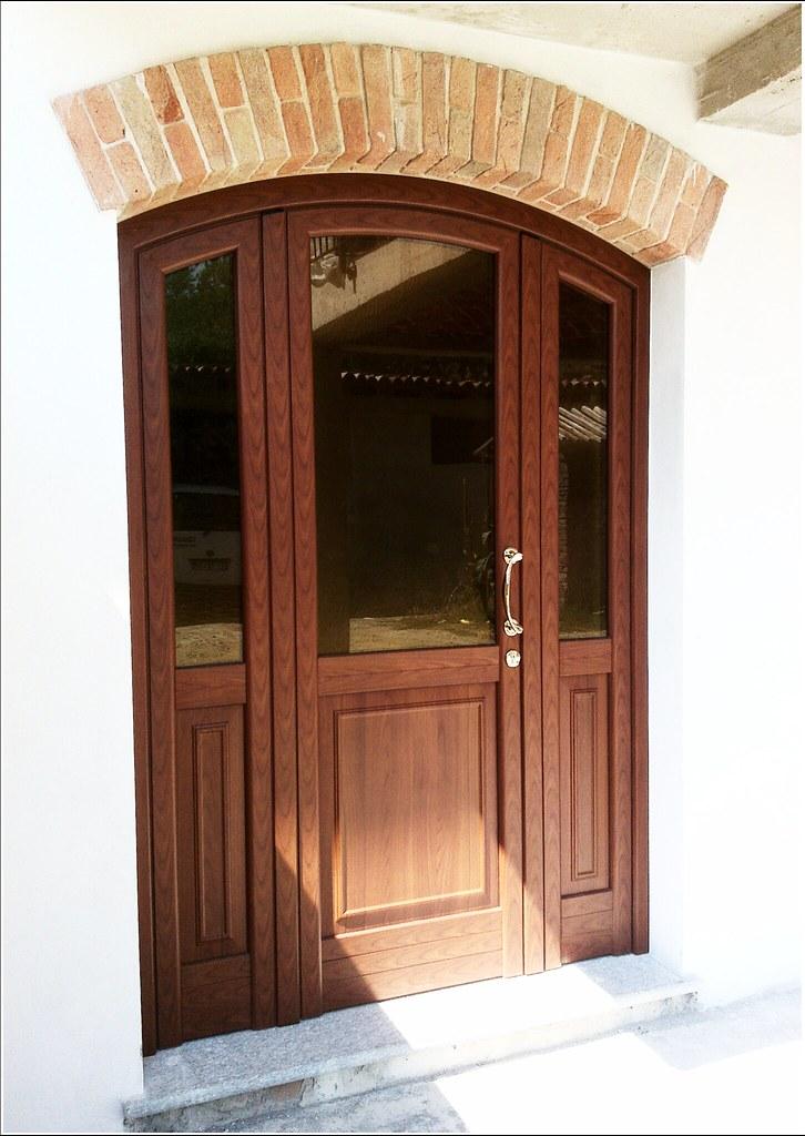 Immagini portoni in legno tutti i modelli for Planimetrie per cabine ad arco