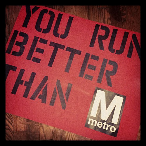 Busting out everyone's favorite sign to cheer for @rfiora7 at the Cherry blossom 10 miler
