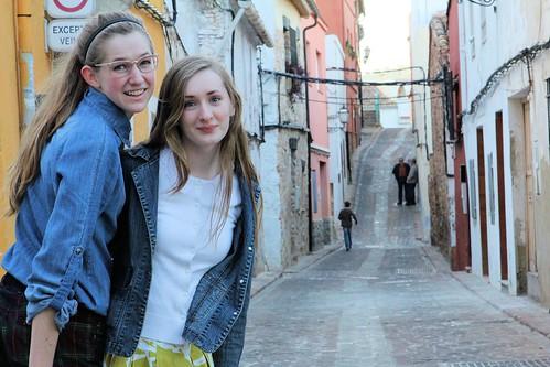 Tessa and Millay on street_1735