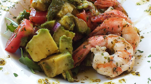Beak's Old Florida - Shrimp, avocado and tomato salad