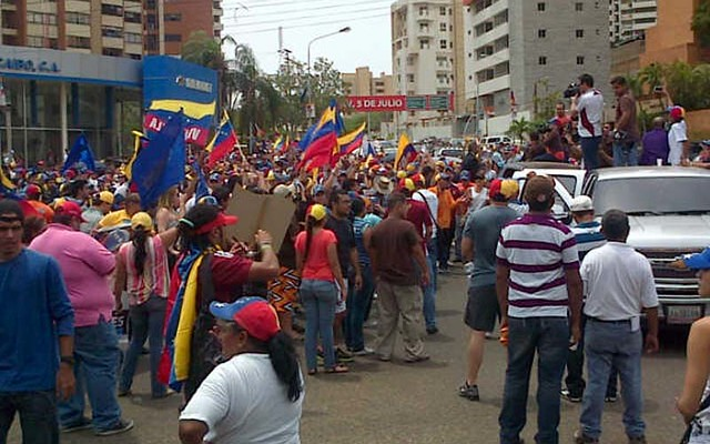 Manifestantes CNE-ZUlia