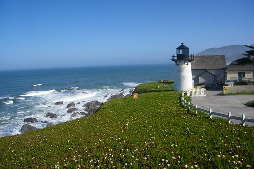 Point Montara Lighthouse (Montara, California)