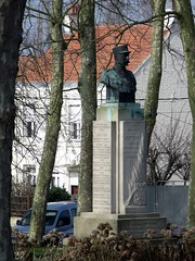 Statue of General de St. Just