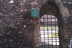 Photo of Richard Spynke green plaque