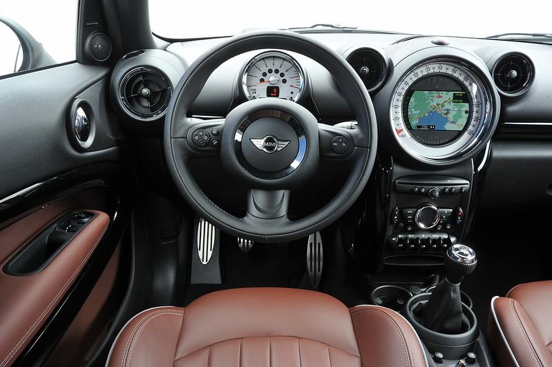 Mini Paceman Interior