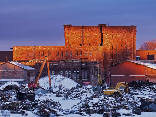 winter sunset ontario storm tower mill metal architecture sandstone industrial glow beautifullight demolition toad snowing scrap salvage saultstemarie papermill privateproperty bankrupt richardsonianromanesque pulpandpaper stmaryspaper
