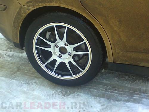 шины Bridgestone RE050A 215/50R17