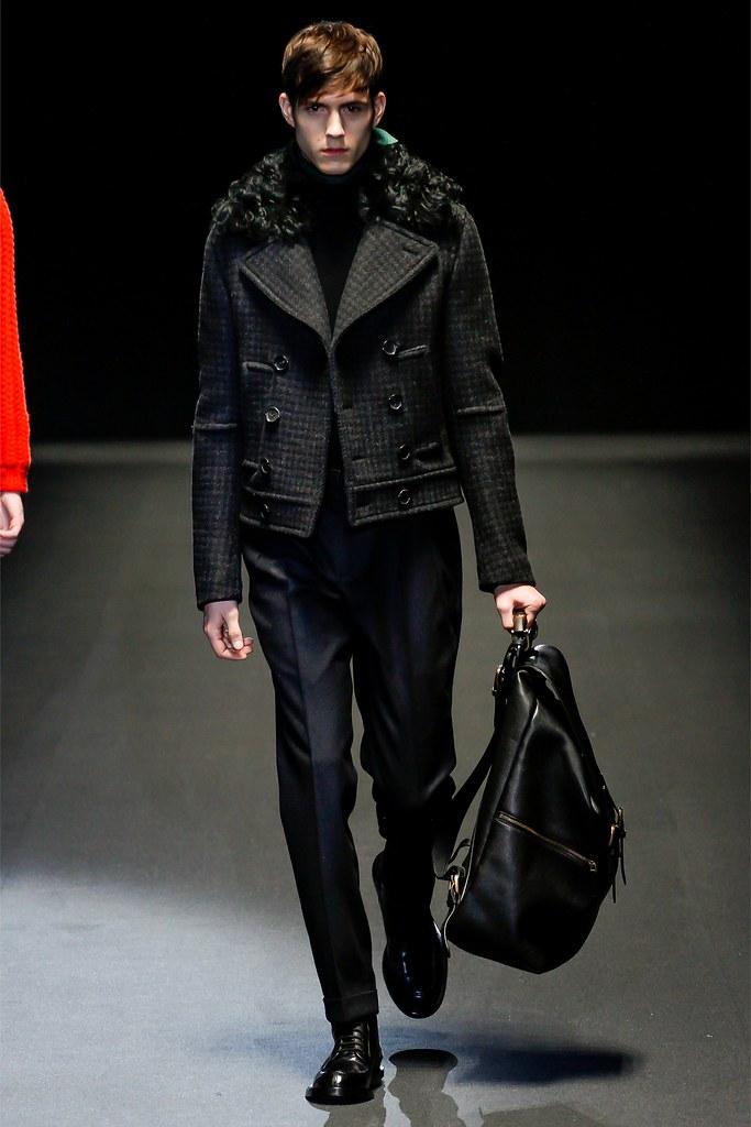 Luuk Van Os3013_FW13 Milan Gucci(VOGUE)