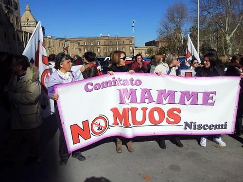 Niscemi, riesplode la protesta: blocchi ad oltranza$