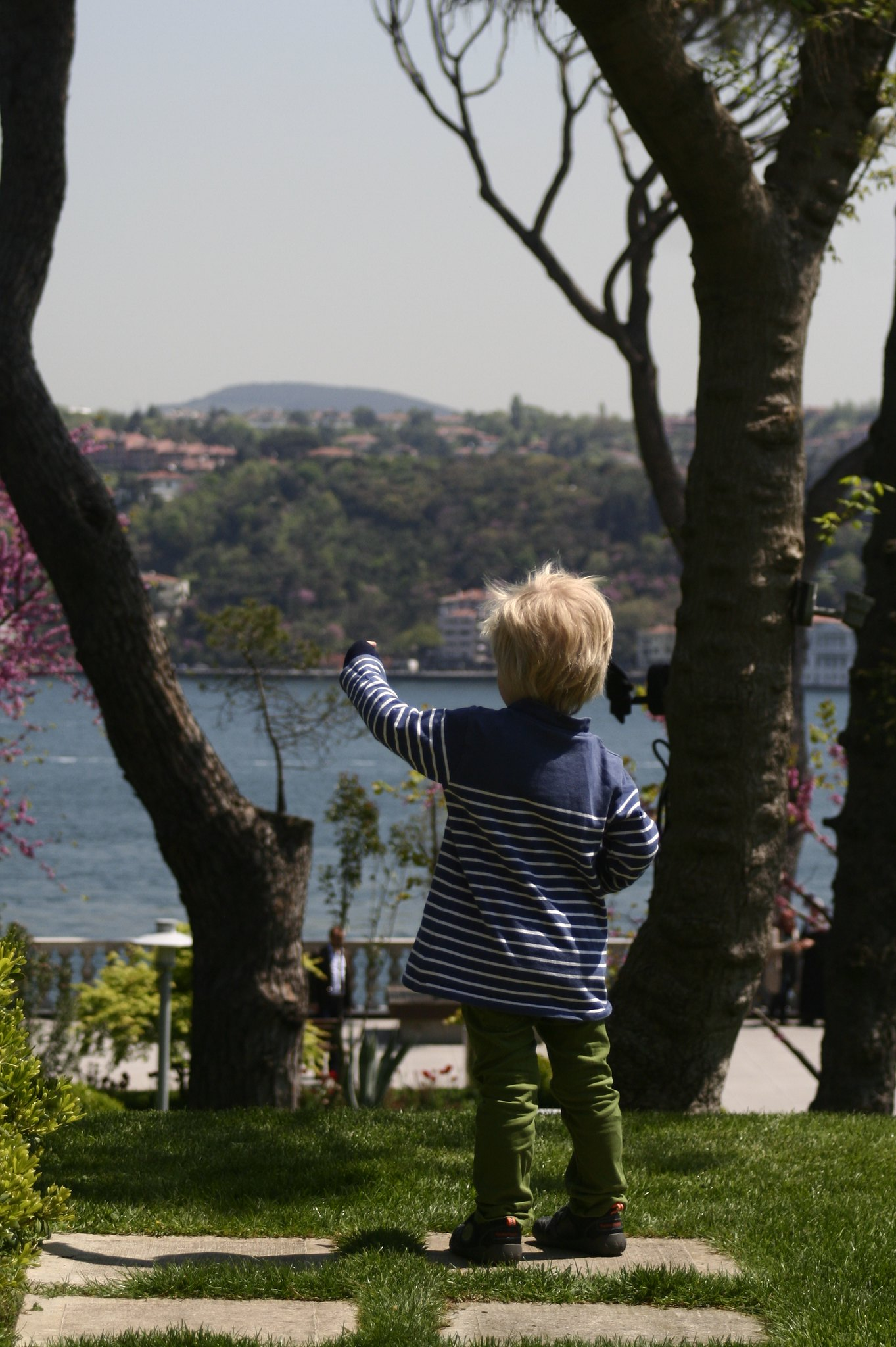 Anton and the view from the Sakıp Sabancı Museum.