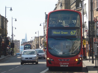 Arriva DW402 on Route 67, Stoke Newington