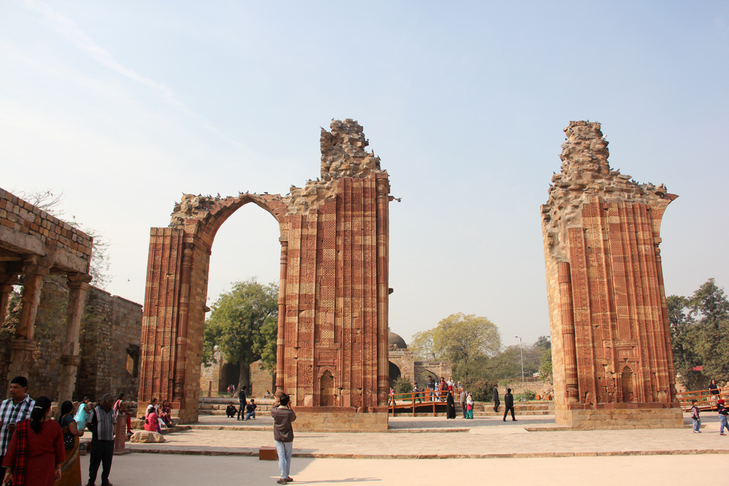 Ruins at Qutub Minar