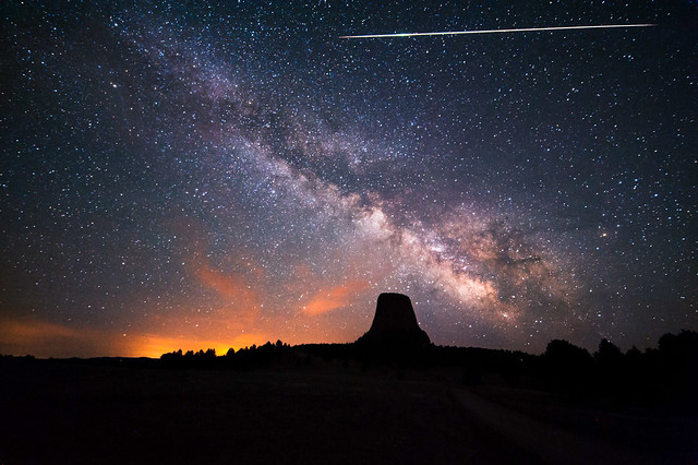 Photo:Devils Tower Eta Aquarids By:David Kingham