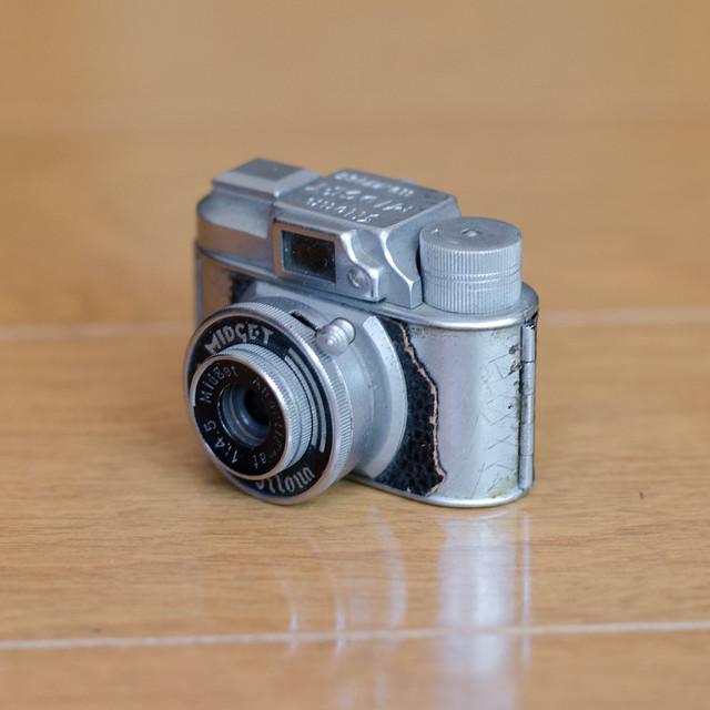 old_cameras-26.jpg