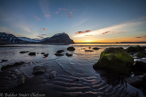 sunset sea green iceland sand ísland vestfirðir westfjords bolungarvík sólsetur