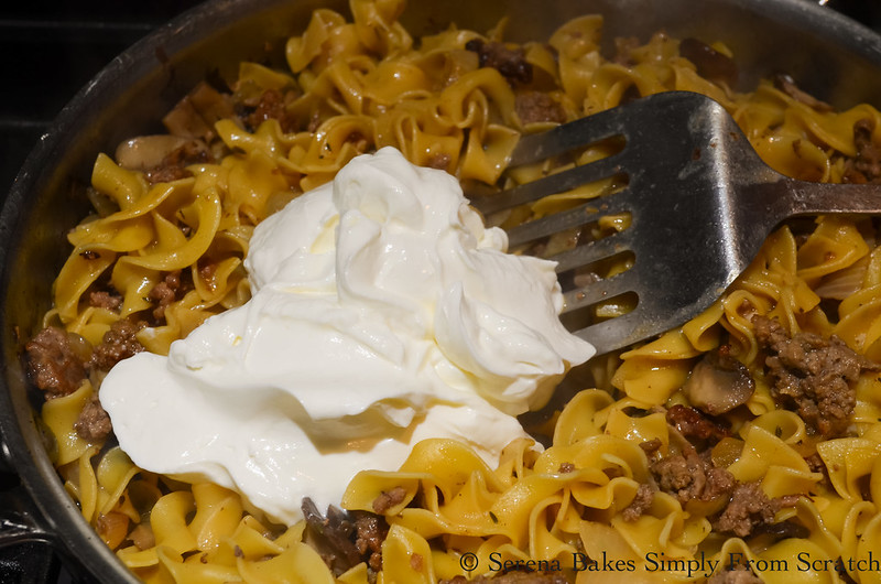 One-Skillet-Hamburger-Beef-Stroganoff-Sour-Cream.jpg