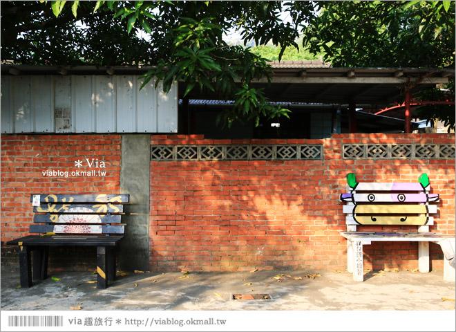 【台中霧峰景點】台中光復新村~可愛的造型椅林立、讓老眷村重新充滿新活力!39