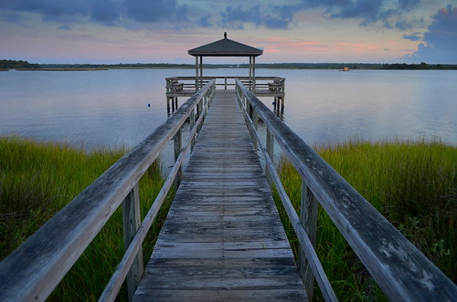 dock northcarolina usa topsailisland atlanticintracoastalwaterway sunrise woodenstructure