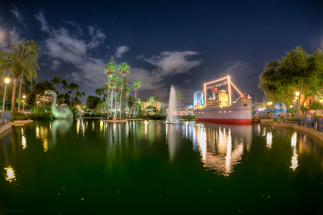 Hollywood Studios - All of Echo Lake