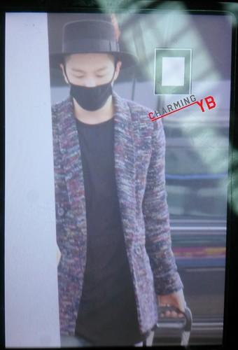 Big Bang - Incheon Airport - 21mar2015 - Tae Yang - charmingyb - 01