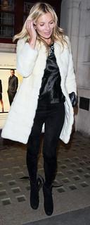 Kate Moss Monochrome Trend Celebrity Style Women's Fashion