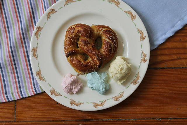 Easter recipe: homemade pretzels with three kinds of pastel beer cheese