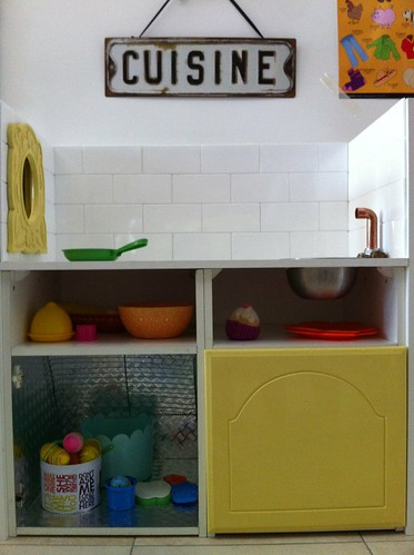 Kid play kitchen building project DIY