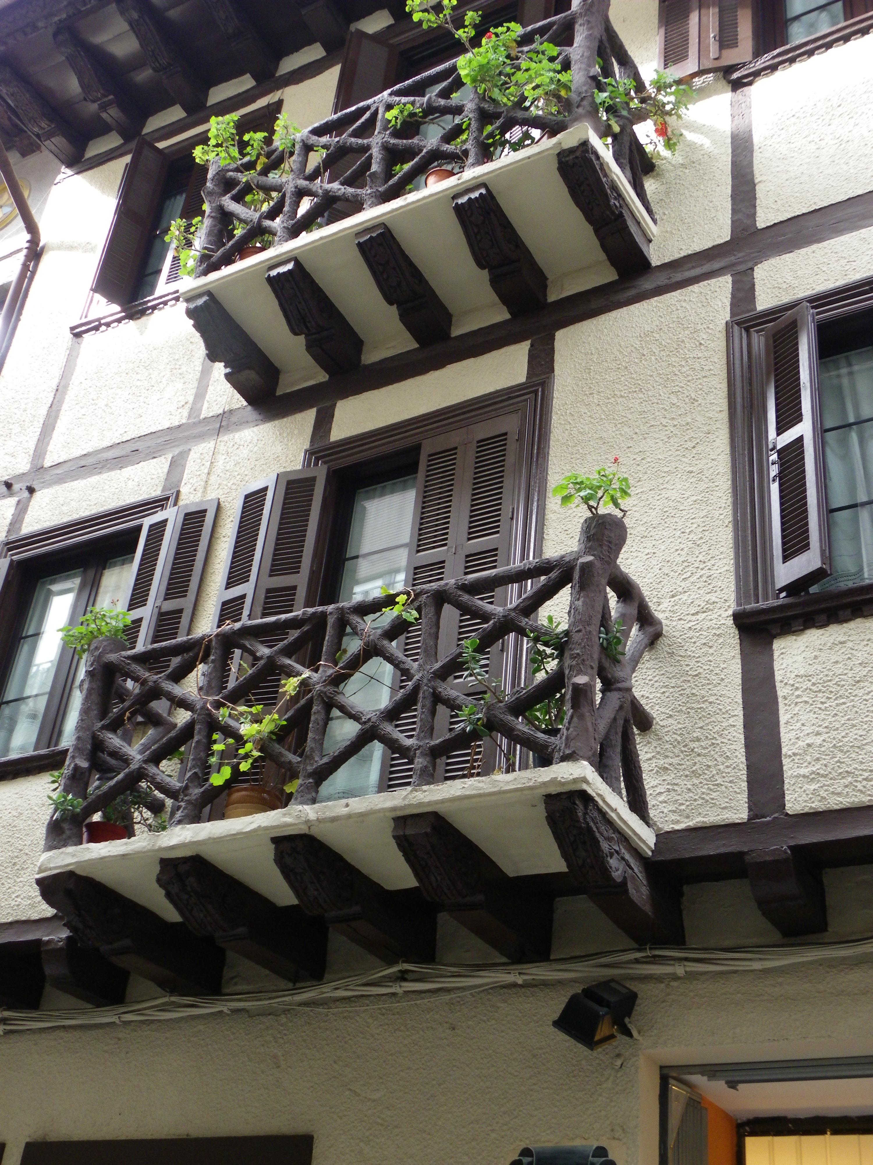 Balcones de madera flickr photo sharing - Balcones de madera ...