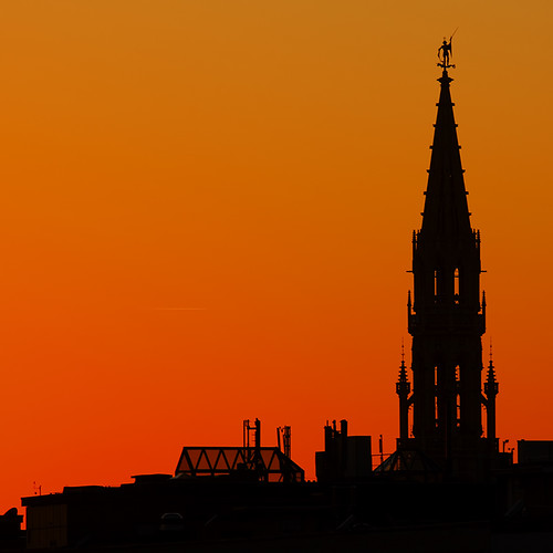 sunset brussels orange tower canon belgium belgique belgië bruxelles brussel canonef70200mmf28lusm brusselstownhall canoneos50d canon50d hôteldevilledebruxelles