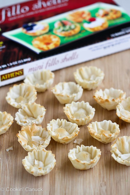 AsparagusTapenadeCMini Asparagus & Olive Tapenade Cups Recipe by Cookin' Canuck #recipe #appetizer