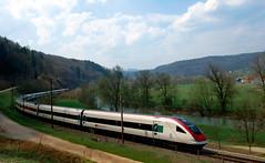 Ve Švýcarsku jezdí tři druhy vlaků