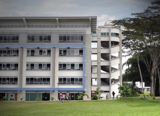 Fotografía del Bloque Y en la Universidad Tecnológica de Pereira