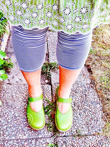 shoe per diem may 5, 2013 - no socks!