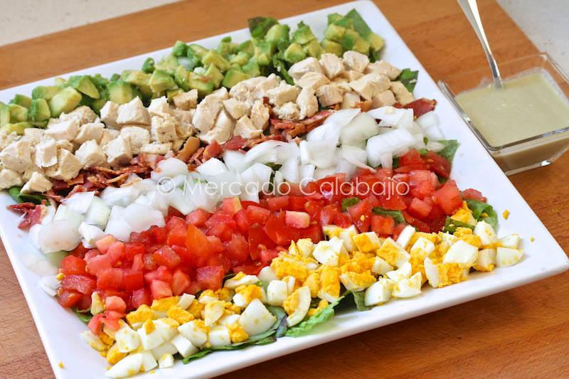 Cobb salad una ensalada original para el verano receta for Cena original y sencilla
