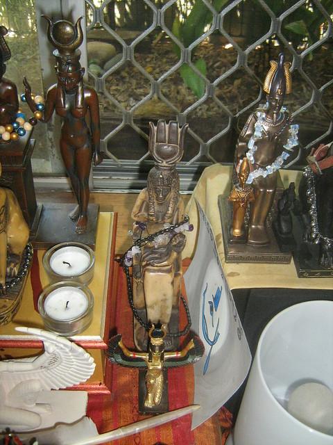 Netjeru Shrine - Aset/Isis