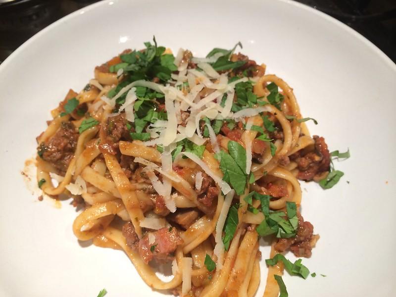 Spaghetti Bolognese : Top shot