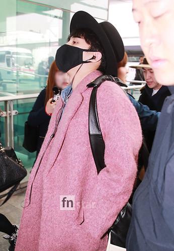Big Bang - Incheon Airport - 21mar2015 - G-Dragon - FN Star - 03