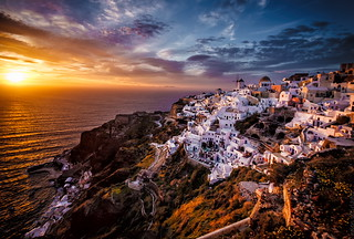 golden hour oia