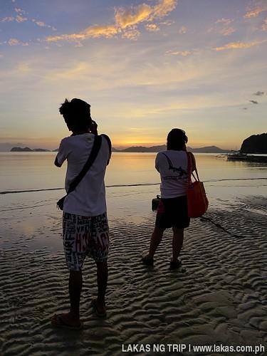 Sunset at Corong-Corong Beach at El Nido, Palawan