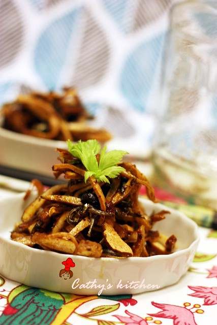 丁香魚豆干 Fried Anchovy with Bean Curd8