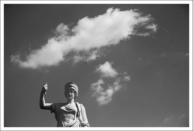 MoBot 2013-03-31 1 (Juno Hitchhiking)
