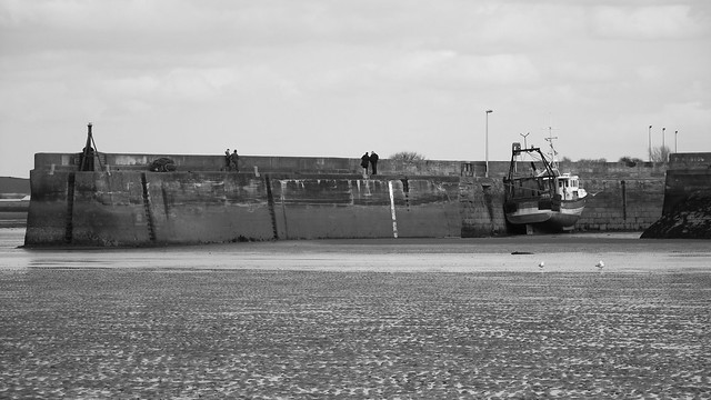 Musselburgh Harbour, low tide 01