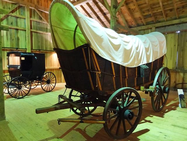 amish-wagon