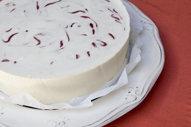 Tarta de mousse de chocolate blanco