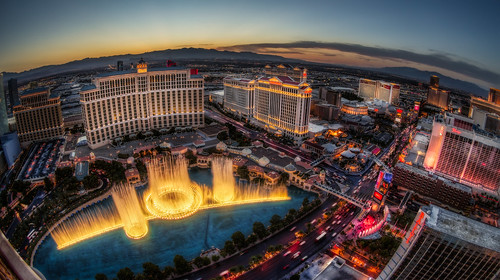 light sunset water fountain canon lights neon lasvegas dusk strip canon5d bellagio fountains hdr lasvegasstrip watershow fountainsofbellagio canon5dmarkiii 5d3 5dmark3