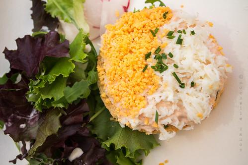 Nobre / Spazio Buondi - Tosta de sapateira com salada verde
