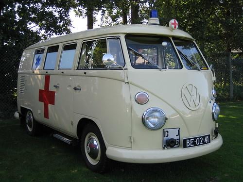 BE-02-41 Volkswagen Transporter Ambulance 1965