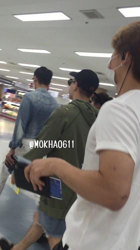 BIGBANG wout Seungri departure Seoul to Tokyo 2016-08-26 (17)